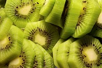 close up shot of cut kiwi slices
