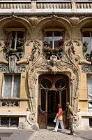 France, Paris, Champs de Mars District, Art Nouveau facade in 29 Rue Rapp