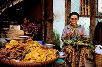 Myanmar Burma, Mandalay Division, Bagan, street cooking, fritters