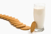 Cookies with a glass of milk