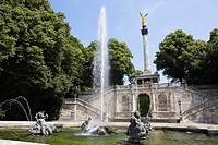 Friedensengel and fountain, Munich, Bavaria, Germany