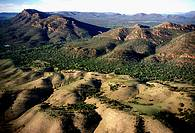 Wilpena Pound natural amphitheatre of mountains, Flinders Ranges National Park, South Australia, Australia