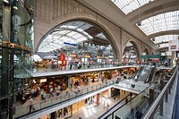 Interior view of the hall at Central Station, Leipzig, Saxony, Germany, Europe