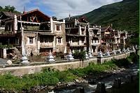Jia Rong Tibetan _ Zhuokeji village, near Maerkang, Aba, Sichuan, China