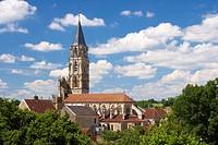 Notre Dame Church, The Way of St. James, Chemins de Saint Jacques, Via Lemovicensis, St. Pere, Dept. Yonne, Burgundy, France, Europe
