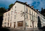 Edificio en Eaux Bonnex, Pirineo Atlántico, Francia.