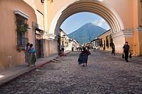 Santa Catalina Arch and Volcan de Agua volcano