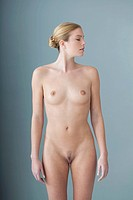 NUDE WOMAN Model