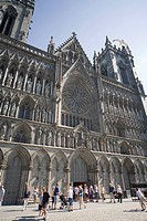 Exterior of the west front, with seagull flying over, Nidaros Cathedral, Trondheim, Trondelag, Norway, Scandinavia, Europe