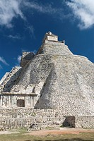 Casa del Advino Magician´s House, Uxmal, UNESCO World Heritage Site, Yucatan, Mexico, North America