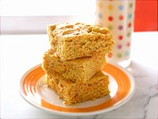 Pumpkin Blondies with Milk