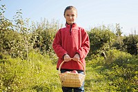 Artist´s Choice: Girl in apple orchard, King Township, Ontario