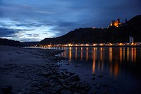 Evening mood at the Rhine river near St. Goarshausen with Burg Katz castle, St Goar, Rhineland_Palatinate, Germany, Europe