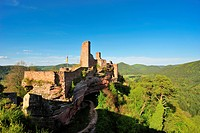 View from the Tanstein castle ruins to the Grafendahn and Altdahncastle ruins, Dahn, Naturpark Pfaelzerwald nature reserve, Palatinate, Rhineland-Pala...