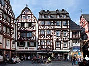 The historic Bernkastel marketplace, Bernkastel-Kues, Mosel river, Rhineland-Palatinate, Germany, Europe