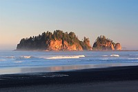 First Beach at sun rise, USA, Washington, Olympic National Park