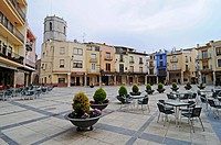 Empty chairs, street café, Plaza Mayor, main square, Sant Mateu, Sant Mateo, Castellon, Valencia, Spain, Europe