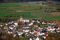 Aerial photo, Catholic church, Kallenhardt, Ruethen, Kreis Soest, Soester Boerde, South Westphalia, North Rhine-Westphalia, Germany, Europe