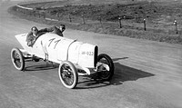 Historical photo, racing car, ca. 1920