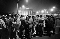 Fall of the Berlin Wall, on the night of the 9th November, 1989, a crowd gathered on the eastern side of the Brandenburg Gate, Berlin, Germany, Europe