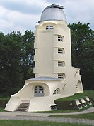 Einstein Tower, part of the Astrophysical Institute Potsdam, designed by Bauhaus architect Erich Mendelsohn, built 1920_1921, Germany, Brandenburg, Po...