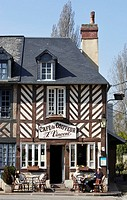 Cafe du Coiffeur in Beuvron en Auge, Pays d´Auge, Calvados, Normandy, France, Europe