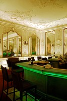 Counter of Falk´s Bar in the refurbished hall of mirrors, Hotel Bayerischer Hof at Promenadeplatz square, city center, Munich, Upper Bavaria, Germany,...