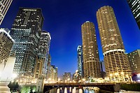 Marina Towers, residential highrise, Chicago River, modern architecture,Chicago  Illinois  USA