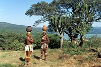 Zulu maidens fetching water from the river, South Africa, Kwazulu_Natal