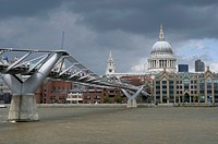 Millennium Bridge, St. Paul's Cathedral, London, Great Britain, Europe