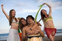Spain, Canary Islands, Gran Canaria, Women dancing, Man with bongo drum
