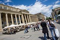 Germany, Baden_Württemberg, Stuttgart, Schlossplatz, Sidewalk cafes and pedestrians
