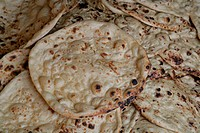 Naan bread, Bareilly, Uttar Pradesh, India, Asia