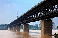 China, Hubei Province, Wuhan, Wuchang, Wuhan Yangtze River Bridge