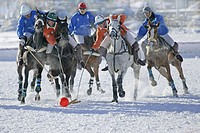 Playing polo in the snow, International tournament in Livigno, Italy