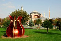 Sculpture in the Sultan Ahmet Park in front of the Ayasofya Camii Museum, Hagia Sophia Mosque, Istanbul, Turkey, Europe