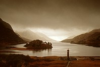 Glenfinnan Monument, Loch Shiel, Highlands, Scotland, Great Britain, Europe