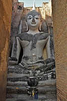 Large sitting Buddha at Wat Si Chum, Sukothai Historical Park, Central Thailand, Asia