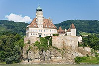 Castle Schöhnbühl in the Wachau in the Nibelungengau