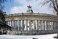 Snow-covered monument to Alfonso XII, Buen Retiro Park, Madrid, Spain (January 11th, 2010)