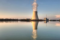 Isar Nuclear Power Plant, Ohu, in Essenbach near Landshut, Lower Bavaria, Bavaria, Germany, Europe