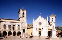 piazza san benedetto, norcia, umbria, italia