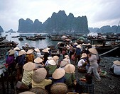 Halong Bay, Vietnam, Indochina, Southeast Asia, Asia