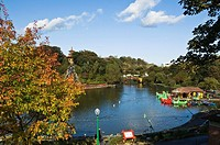 Peasholm Park SCARBOROUGH NORTH YORKSHIRE Autumn holiday resort park boating lake