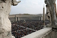 Easter Mass at St. Peter´s Basilica, Vatican, Rome, Lazio, Italy, Europe