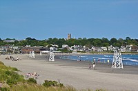 Easton´s Beach, locally known as First Beach, the closest beach to the city, popular for swimming, surfing and sunbathing, Newport, Rhode Island, New ...