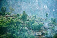 Family huts on a hillside in Mae Sot  Around 130,000 Burmese refugees have settled in Thailand due to opression in their homeland of Myanmar Burma  Ap...