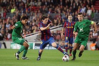 Barcelona, Camp Nou Stadium, 20/10/2009, UEFA Champions League, FC Barcelona vs. FC Rubin Kazan, Messi dribbling through Russian defenders