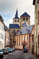 Street looking towards Trier Cathedral in Trier, Germany, Europe