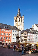 Market in the historic old town centre of Trier, Germany, Europe